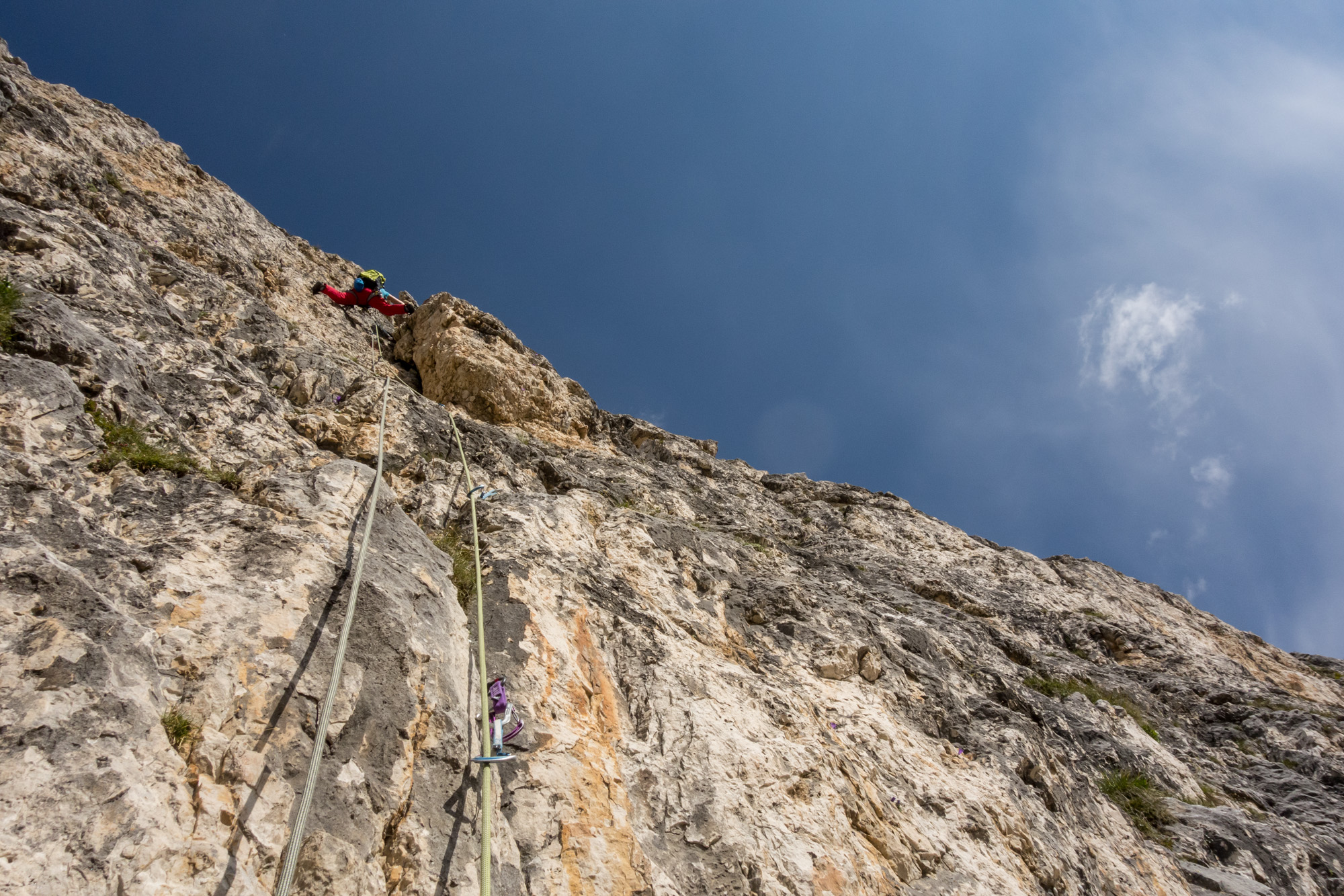 No warmup for Debs as she bridges up the crux pitch of the Comici South Arete, straight off the deck