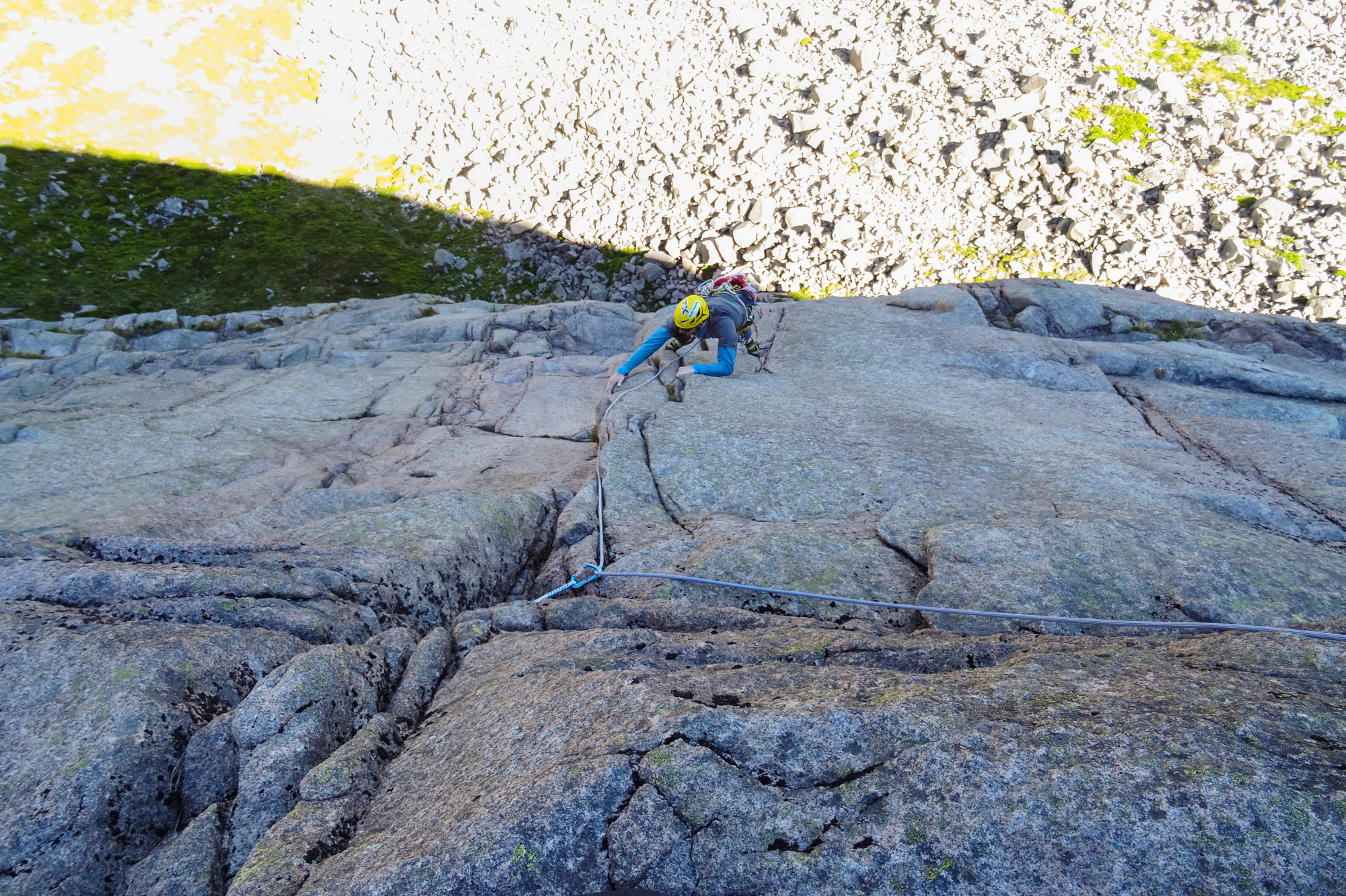 Immaculate rock and great exposure at the top of pitch 4. Awkward flared cracks providing the entertainment. Photo credit: Callum Johnson